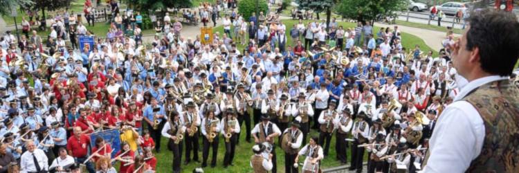 Il raduno delle bande a Issime