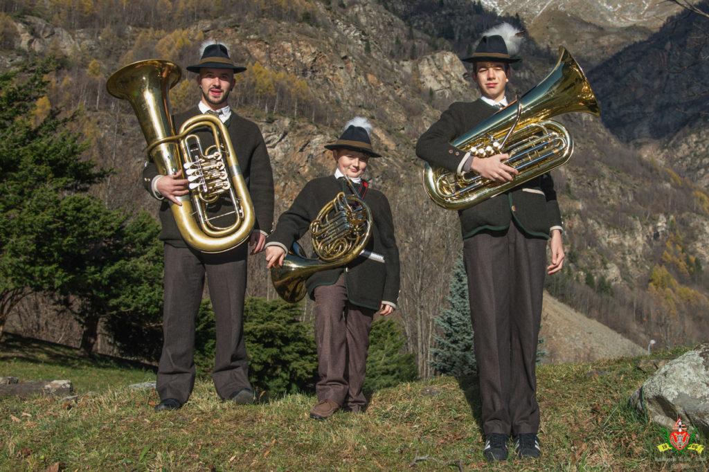MusikkapelleLaLira 2015 BassiCorni